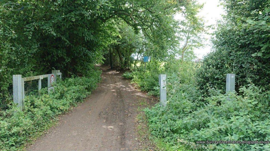 ROW511 Ponds Lane north